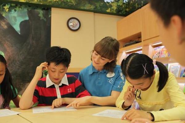 如何将爱贝英语成为少儿英语培训班的主流?
