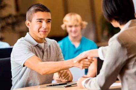 如何申请去美国留学?出国留学中介怎么找?